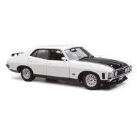 CLASSIC CARLECTABLES 1:18 FORD XA FALCON POLAR WHITE 18615