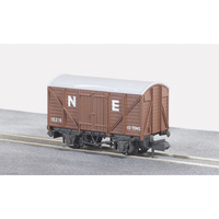 PECO BOX VAN STANDARD NE BROWN NR43E